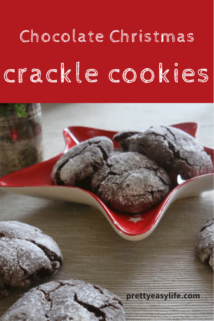 chocolate christmas crackle cookies