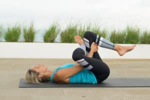 The amazing benefits of yin yoga - Listen to the story your body is telling you today - Prettyeasylife props, postures, poses, beginners, bolster, flexibility, relaxation