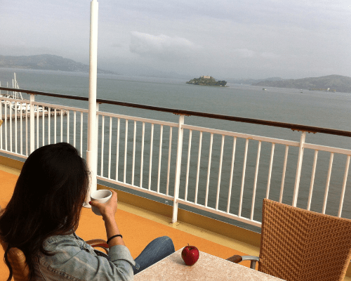 How to Eat Healthily​ on a Cruise