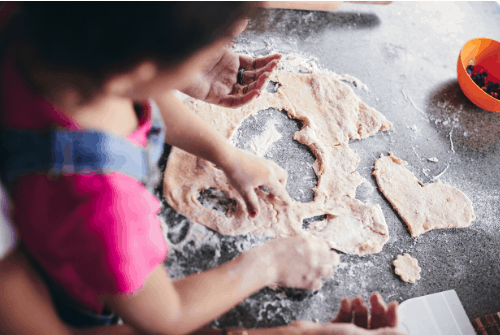 Easy Christmas Baking with kids
