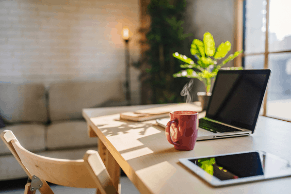 Basic Guide to Feng Shui your Home Office Desk